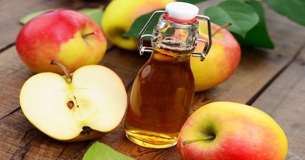 Kamienie nerkowe: zobacz jak leczy ocet jabłkowy.
