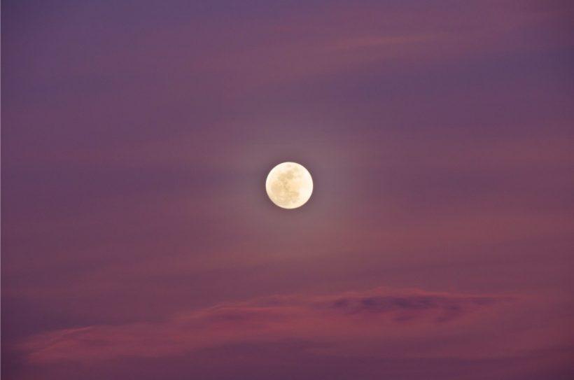 Różowy Księżyc w pełni w Skorpionie, 29/30 kwietnia – Wielki punkt zwrotny w 2018 roku.