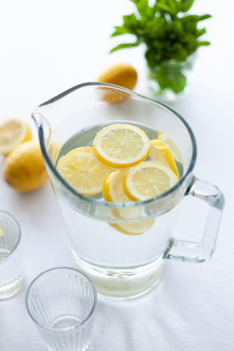 Woda Cytrynowa codziennie rano – sprawdź czy nie popełniasz częstego błędu